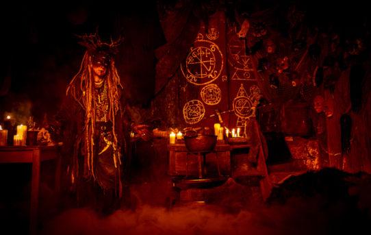 Maskovaní psychedelici OLAF OLAFSONN AND THE BIG TRIP vzdávají hold čarodějnicím