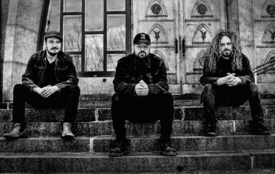 VITRAIL - Čerpáme inspiraci z klasických norských blackmetalových kapel. Stranou ale dáváme politiku, netoleranci a špatnou produkční hodnotu